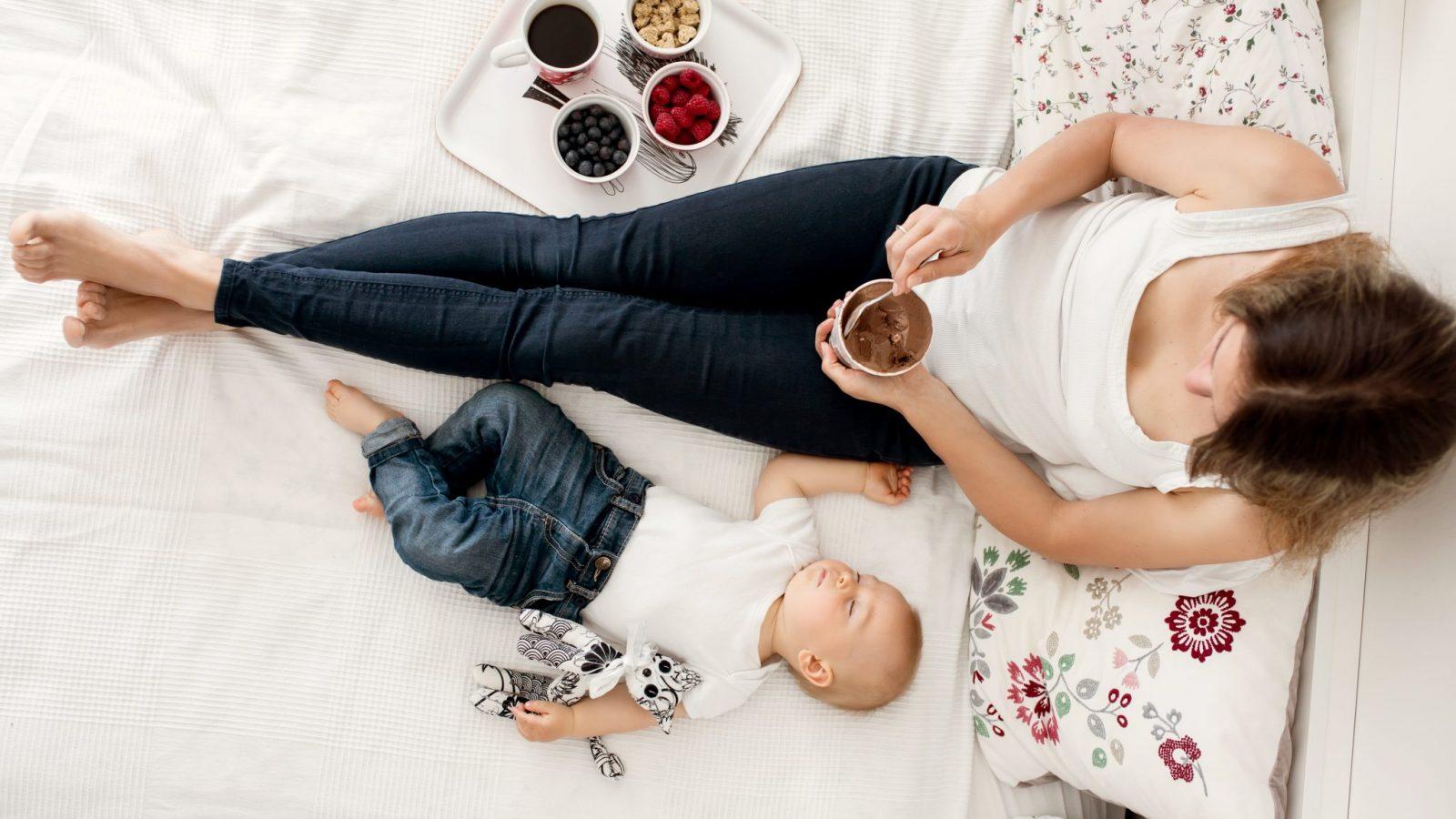 How to Pump Breastmilk 5
